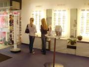 Familientradition Augenoptik, Brillenfertigung Düren, Augenoptikermeister